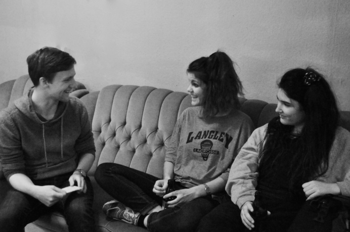 Hinds Interview Molotow