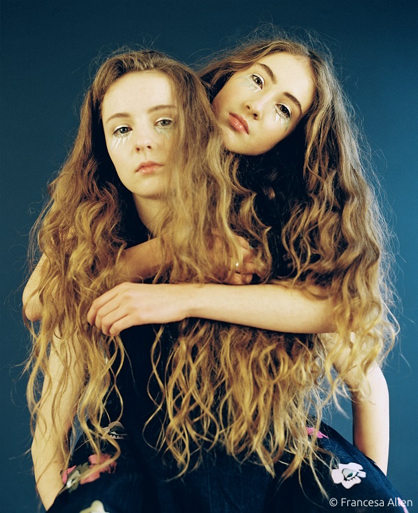 Let's Eat Grandma Single News