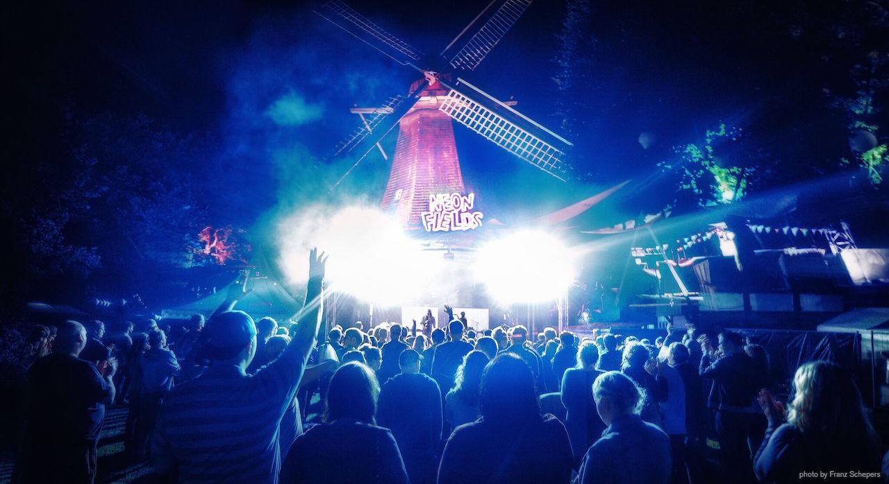 Neon Fields Festival Tickets Gewinnspiel