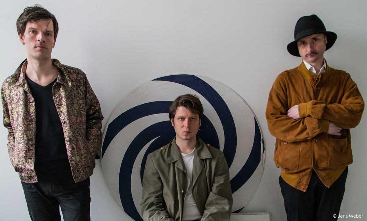 OUM SHATT Album Review