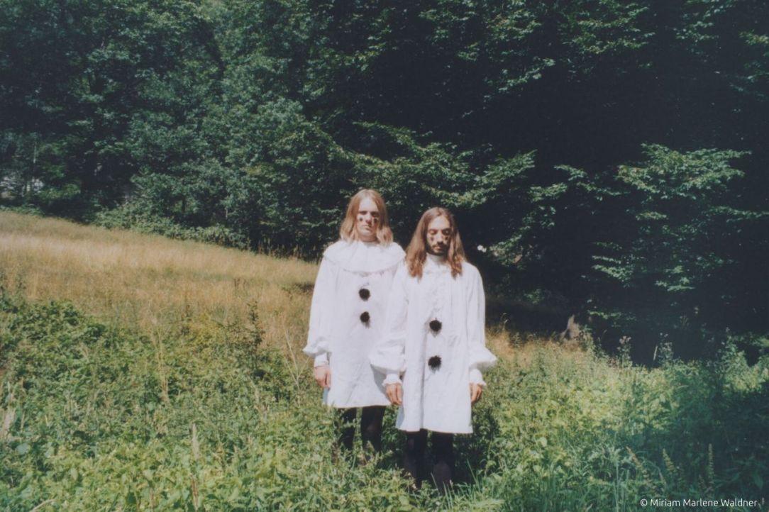 odd-couple-fluegge-album-review